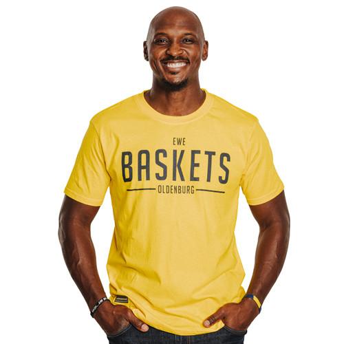"""21/22 T-Shirts Herren gelb """"Baskets"""""""